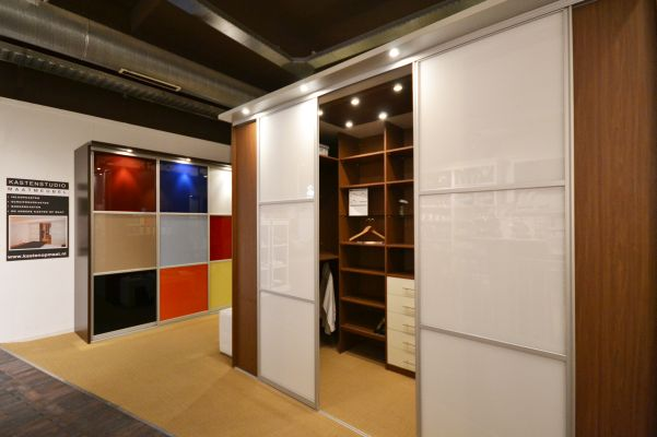 inloopkast showroom